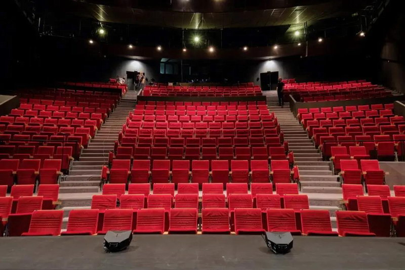【赫兹声音】巴黎谢泼德剧院采用NEXO GEO M10线阵 带P点声源系统进行扩声